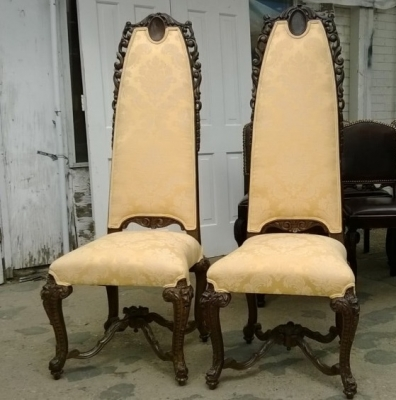 14I16054 PAIR OF CARVED HIGHBACK HALL CHAIRS (2).jpg