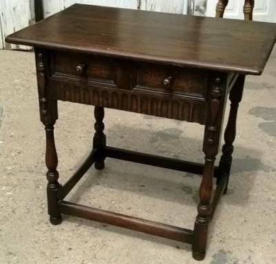 14I16058 ENGLISH OAK PEGGED SIDE TABLE  (1).jpg