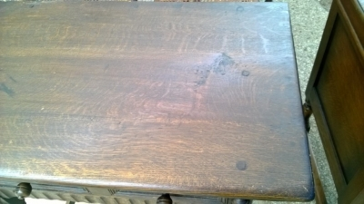 14I16058 ENGLISH OAK PEGGED SIDE TABLE  (2).jpg
