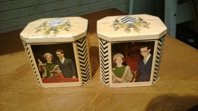 14I16 COLLECTIBLE TIN  (8).jpg