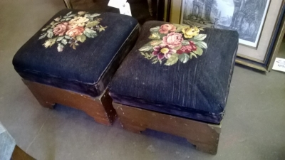 14I22151 PAIR OF NEEDLEPOINT STOOLS (1).jpg