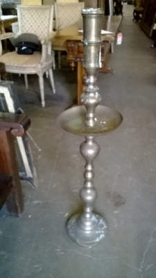 14I29101 TALL BRASS CANDLE STAND .jpg