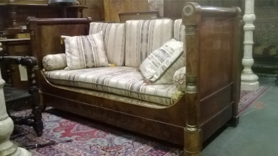 14I29220 EARLY 19TH CENTURY FRENCH DAY BED (5).jpg