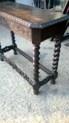 14I29373 DARK OAK BARLEY TWIST HALL TABLE  (3).jpg