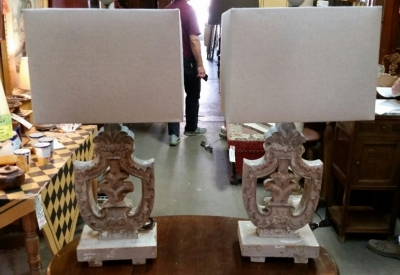 14I30108 PAIR OF SHIELD SHAPE CARVED WOOD TABLE LAMPS.jpg