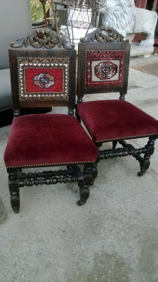 36-PAIR OF DARK OAK HALL CHAIRS (1).jpg
