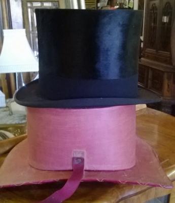 BEAVER SKIN TOP HAT (3).jpg