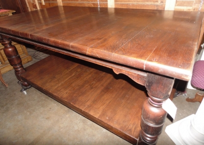 14C10200A RUSTIC OAK KITCHEN ISLAND TYPE TABLE WITH LOWER SHELF (1)