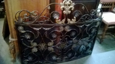 SCROLL IRON WORK FIRE SCREEN.jpg