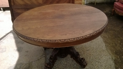 14J15004 FRENCH CARVED PEDESTAL BASE DINING TABLE (3).jpg