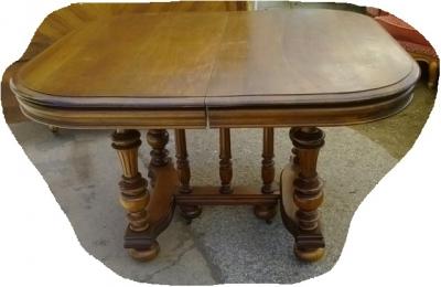 14J15010A HENRI II DINING TABLE (1).jpg