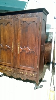 14J15013 EARLY LOUIS XV CARVED ARMOIRE (4).jpg