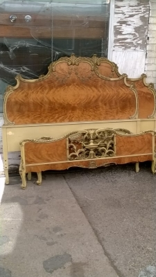 14J15027B PAIR OF LOUIS XV STYLE BEDS  (2).jpg