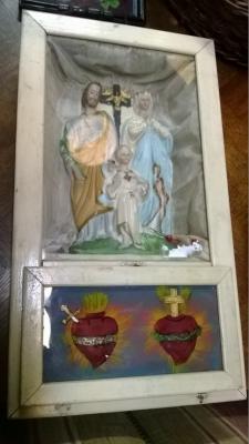 14J22037 HOLY FAMILY PRAYER SHRINE.jpg