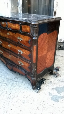 14K12006 LOUIS XV MARBLE TOP ROSEWOOD COMMODE (2).jpg