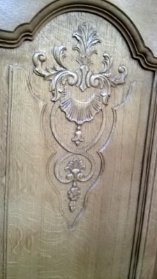 14J22040 LOUIS XV 5 DOOR ARMOIRE WITH DOORS (2).jpg