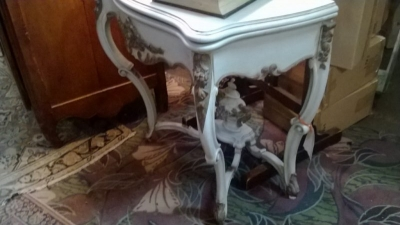 36-84026 PAINTED FRENCH FLIP TOP GAME TABLE  (1).jpg