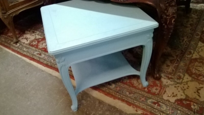 GRP-TURQUOISE LAMP TABLE .jpg