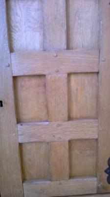 14K19008 RUSTIC PANEL DOOR SIDEBOARD (4).jpg