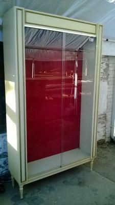 SOLD 14K19031 MIDCENTURY GLASS DOOR BOOKCASE DISPLAY (1).jpg