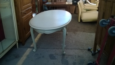 14K19044  PAINTED OVAL LOUIS XV TABLE WITH POP UP LEAF (2).jpg