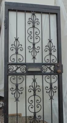 13C175  IRON AND ALUMINUM  FRONT DOOR