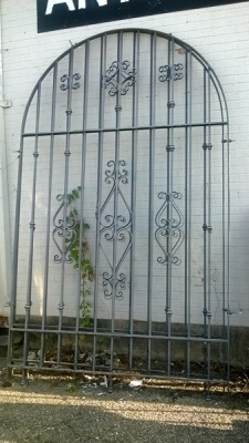 14L01280 AND 81 2 HUGE ARCHED IRON PANELS (1).jpg