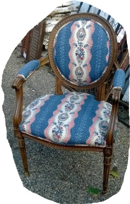 14l03226 LOUIS XVI CHAIR.jpg
