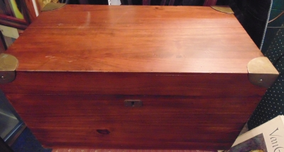 02 MAHOGANY FITTED BOX NOT VERY OLD BUT VERY NICE (3)