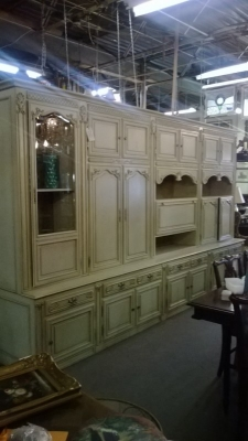 14K28055 LARGE PAINTED CABINET (2).jpg