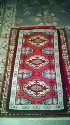 123 Assortment of Vintage Machine made rugs from Europe (13).jpg