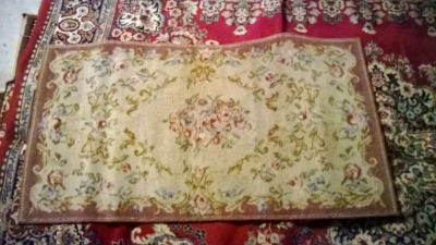 123 Assortment of Vintage Machine made rugs from Europe (18).jpg