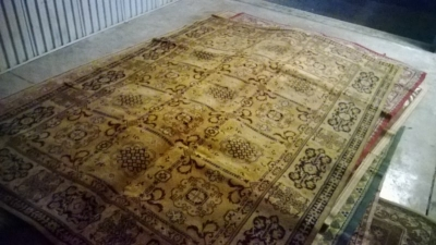 123 Assortment of Vintage Machine made rugs from Europe (19).jpg