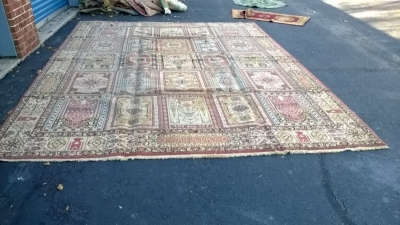 123 Assortment of Vintage Machine made rugs from Europe (39).jpg