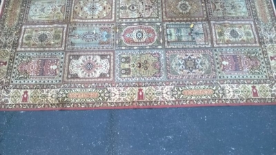 123 Assortment of Vintage Machine made rugs from Europe (43).jpg