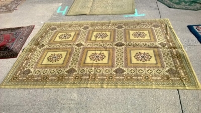 123 Assortment of Vintage Machine made rugs from Europe (52).jpg