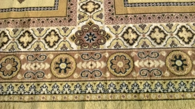 123 Assortment of Vintage Machine made rugs from Europe (53).jpg