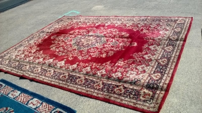 123 Assortment of Vintage Machine made rugs from Europe (58).jpg