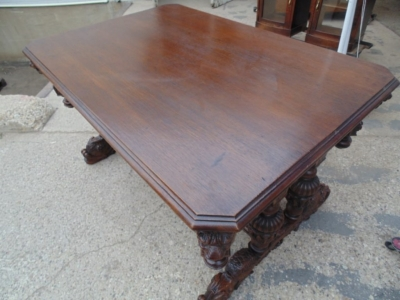 14A01007 FRENCH CARVED OAK LIBRARY TABLE WITH LIONS HEADS AND GADROONING (7)
