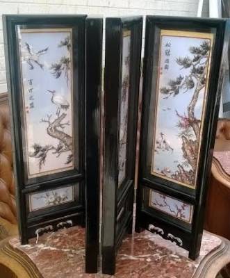 14D10015 SMALL TABLE TOP VINTAGE ASIAN SCREEN (4).jpg.jpg