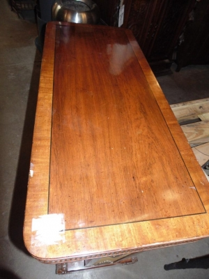 14C31243 MAHOGANY AND LEATHER CONSOLE VERY UNUSUAL