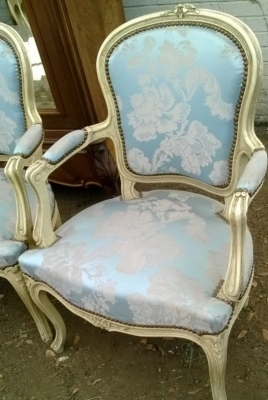 14E01014 PAIR FAUTEIL CHAIRS (2).jpg