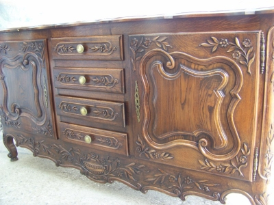13A31068 Dark Oak Louis XV Sideboard  (2).JPG