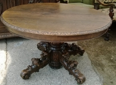 14F06015 SMALL CARVED GRIFFIN BASE TABLE AS IS (1).jpg