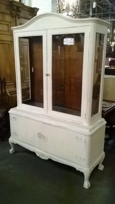 13C06044 PAINTED CHINA CABINET.jpg