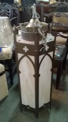 15A09220 GOTHIC STAINED GLASS LANTERN.jpg