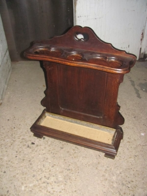 15A12111 SMALL LOUIS XV STICK STAND.JPG