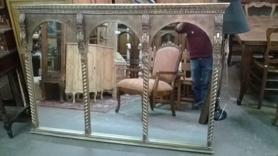15A12139- 3 SECTIONL GILT MIRROR (1).jpg