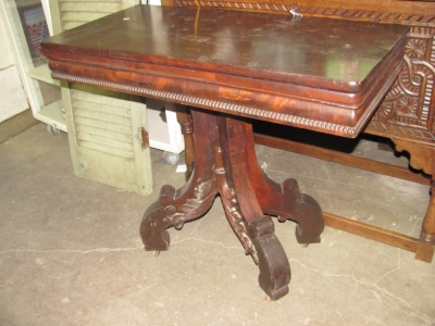 EMPIRE FLIPTOP GAME TABLE .JPG