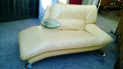 $295.00     14K19027 MIDCENTURY LEATHER SOFA CHAIR AND OTTOMAN (1).jpg